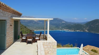 Luxurious Villa in Vasiliki With Swimming Pool and Jacuzzi