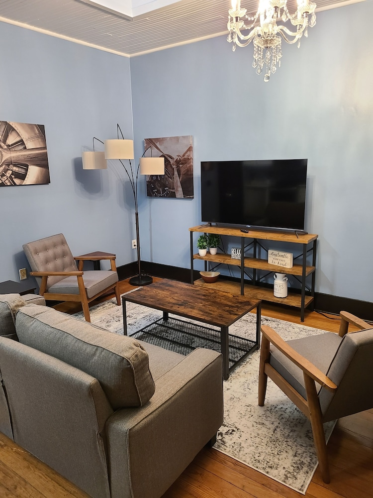 Living Room, Historic Downtown Apartment Above Brewery BBQ Restaurant - 2 Bedroom