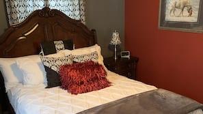 2 bedrooms, iron/ironing board, Internet