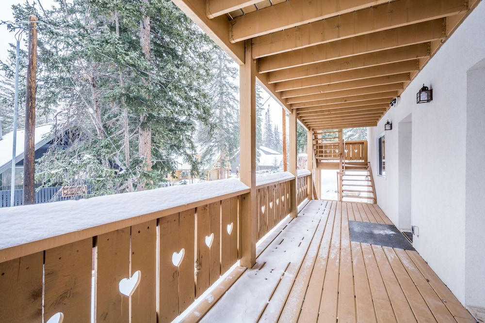 Balcony, Brighton Ski Resort, Hidden Falls 1 Bedroom Chalet Utah