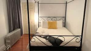 5 bedrooms, WiFi