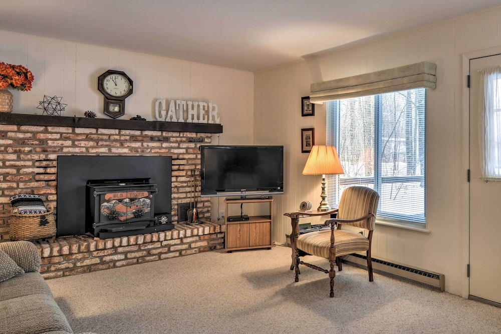 Living Room, New! Cozy Cottage w/ Hot Tub Access, Walk to Lake!