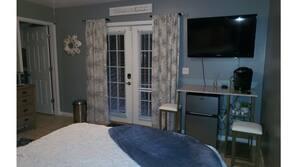 1 bedroom, travel cot, free WiFi