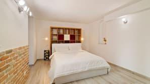 5 chambres, fer et planche à repasser, Wi-Fi, draps fournis