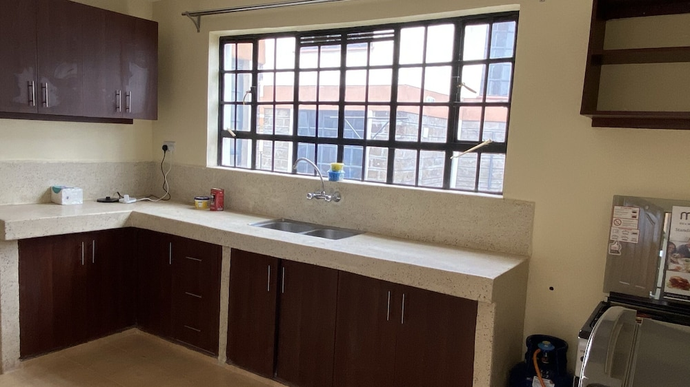 Private Kitchen, Lifestyle Villas, Nanyuki