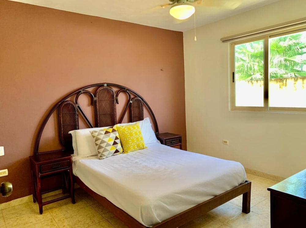 Villas California 2 Bedroom Condo With Pool In Merida Hotel Rates Reviews On Orbitz