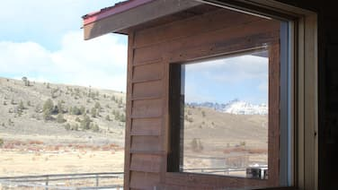 Grizzly Cub Cabin With Amazing Viewsprivate Wind River Accessnear Yellowstone