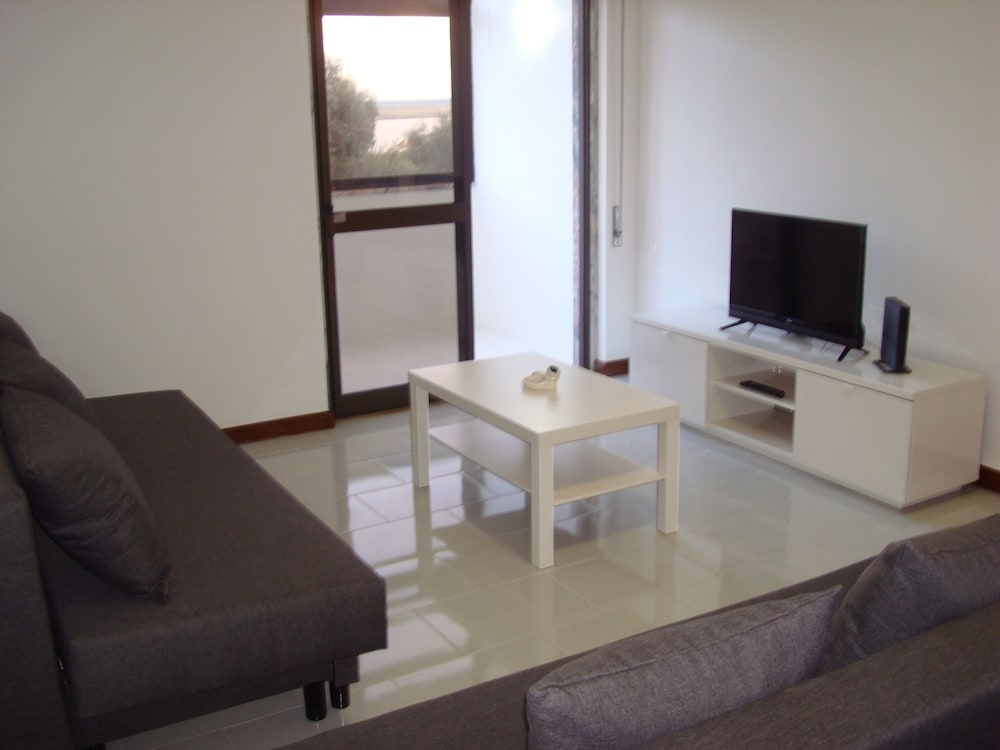 Living Room, 1bed Tagus River View
