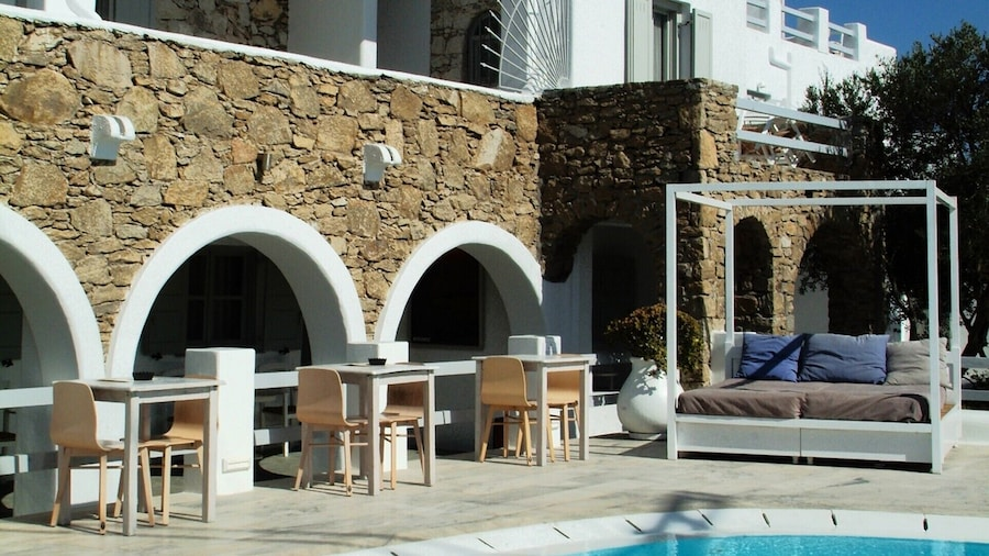 Paola's Town Boutique Hotel
