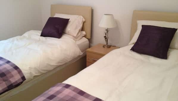 2 bedrooms