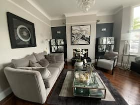 Immaculate & Stylish 4-bed House in London