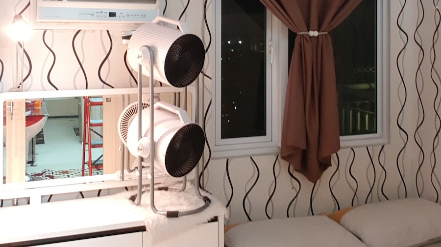 Elegant Studio at Grass Residences