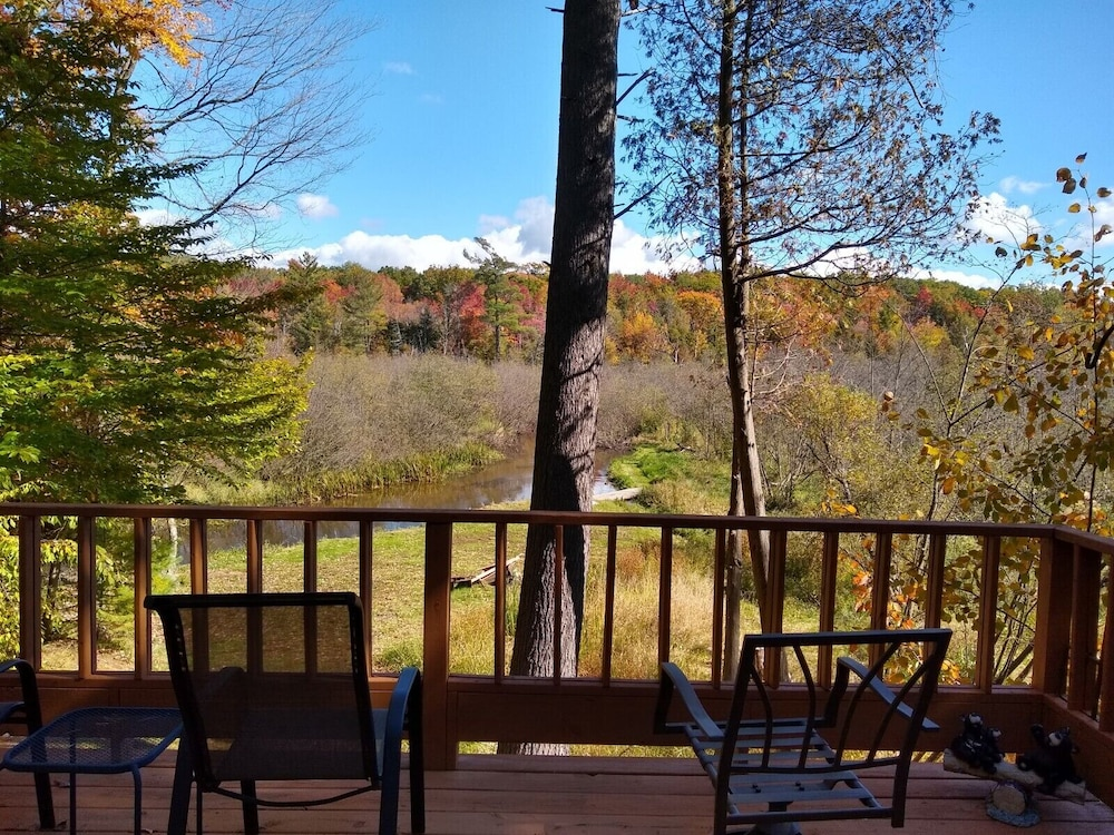 Balcony, Pentwater River House Frontage Direct on River Overlooking 100s of Wooded Acres