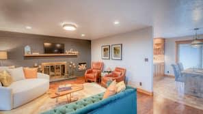 Smart TV, fireplace, DVD player, books
