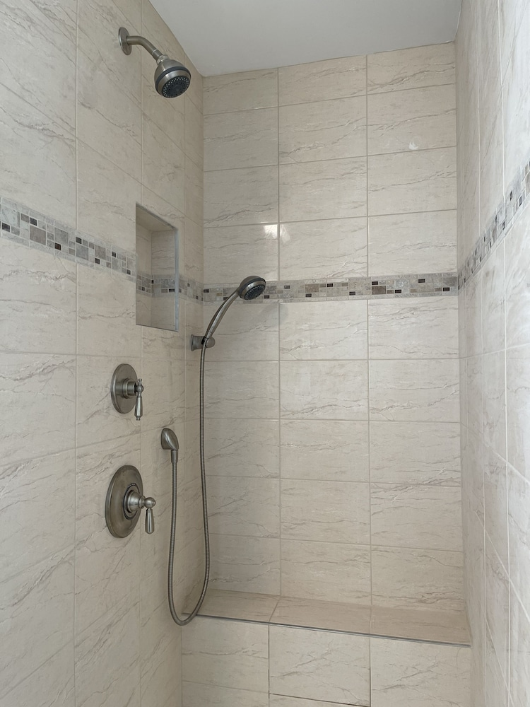 Bathroom, Cape Cod Oceanfront Beachfront New Condo With Ocean View & Private Sandy Beach!