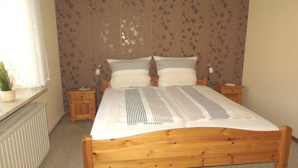 2 Schlafzimmer, Bügeleisen/Bügelbrett, Reisekinderbett, WLAN