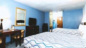 1 bedroom, in-room safe, desk, iron/ironing board