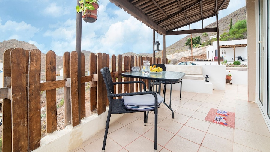 Beautiful Holiday Home in Arona With Private Terrace