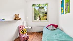 4 Schlafzimmer, Babybetten