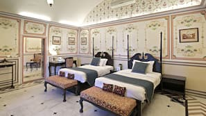 Individually decorated, desk, bed sheets