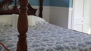 2 makuuhuonetta, silitysrauta/-lauta, vauvan matkasänky, ilmainen Wi-Fi