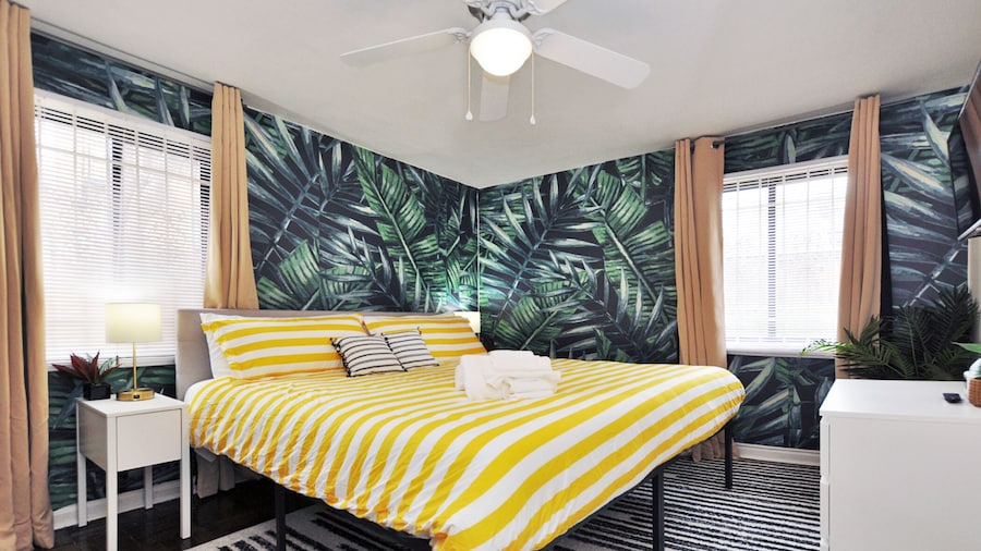 CH9 CH10| Spacious Centrally Located Furnished Apartments