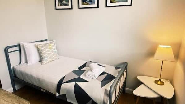 3 bedrooms, iron/ironing board, travel cot, free WiFi