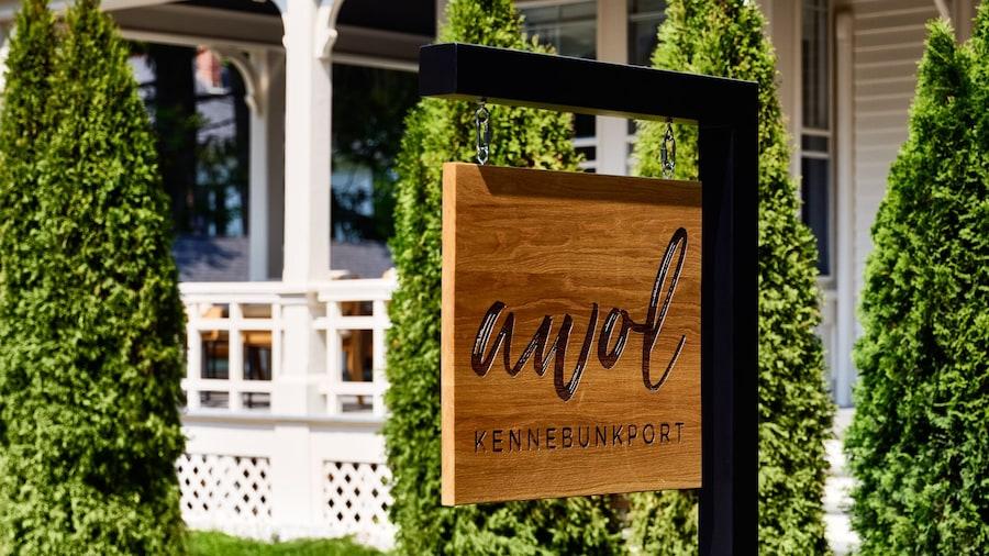 AWOL Kennebunkport