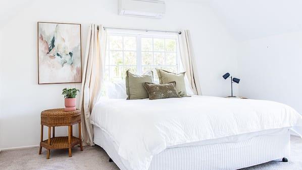 6 bedrooms, iron/ironing board, travel crib, free WiFi