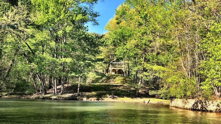 Chapel Point Cove in Lake Lure