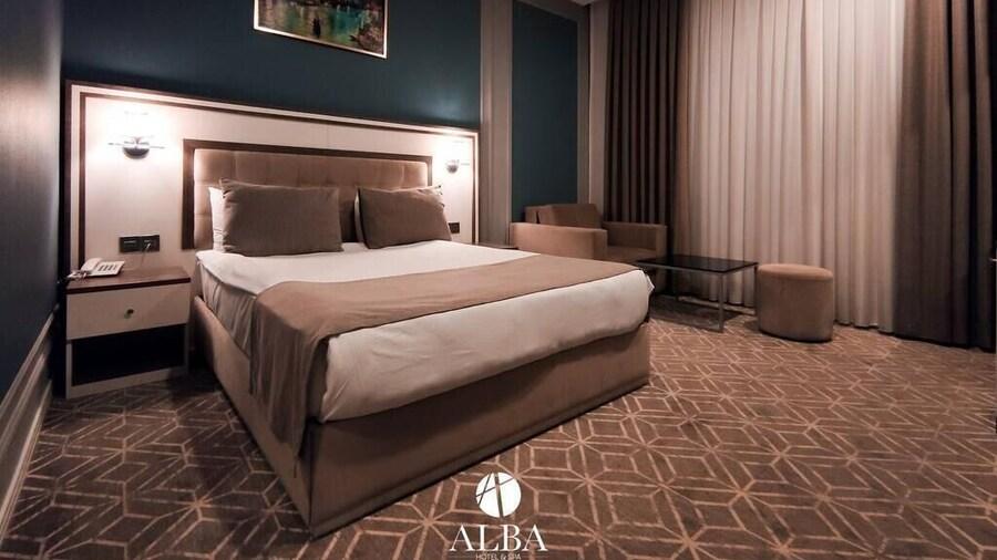 Porto Hotel Baku