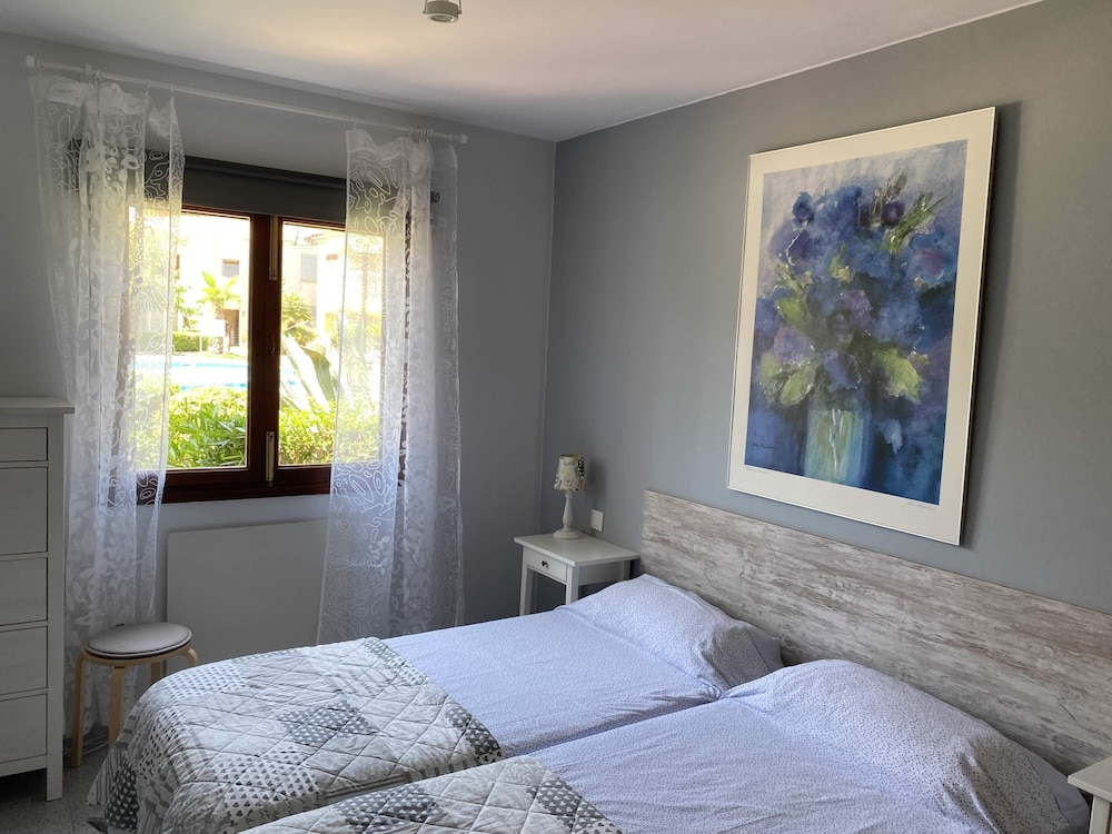 Camelia El Bosque Cala Ratjada 2 4 Pers Pool Wifi Beach Harbour10 15m In Capdepera Hotel Rates Reviews On Orbitz