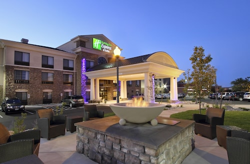 Great Place to stay Holiday Inn Express & Suites Colorado Springs First & Main near Colorado Springs
