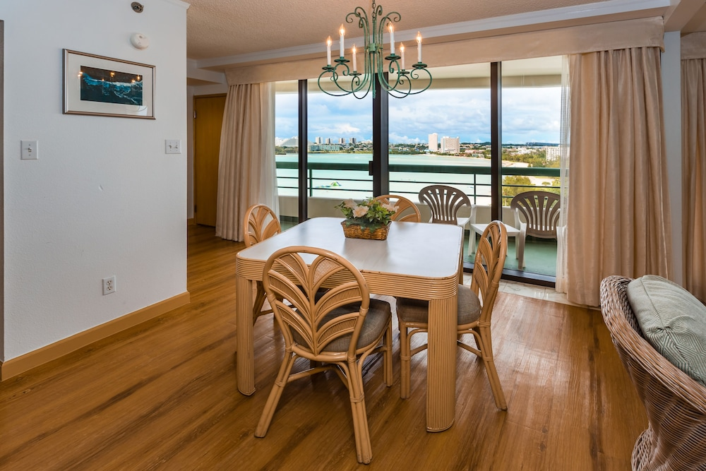 Dining room, Alupang Beach Tower