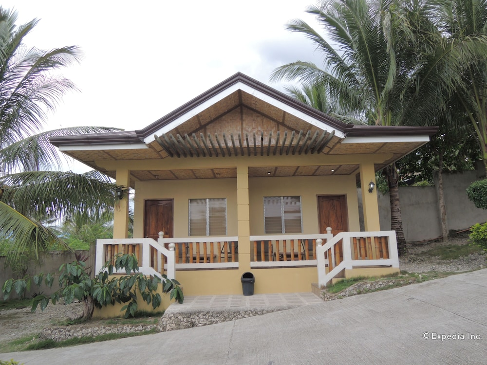 Front of Property, Moalboal Beach Resort