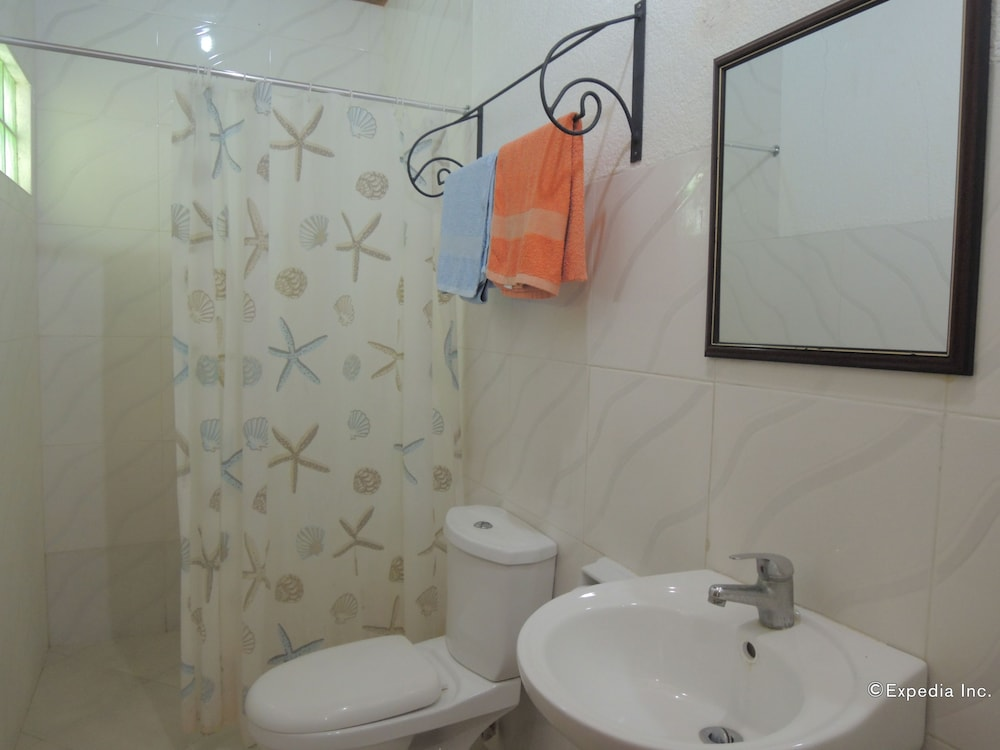 Bathroom, Moalboal Beach Resort