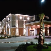 Longhorn Inn & Suites