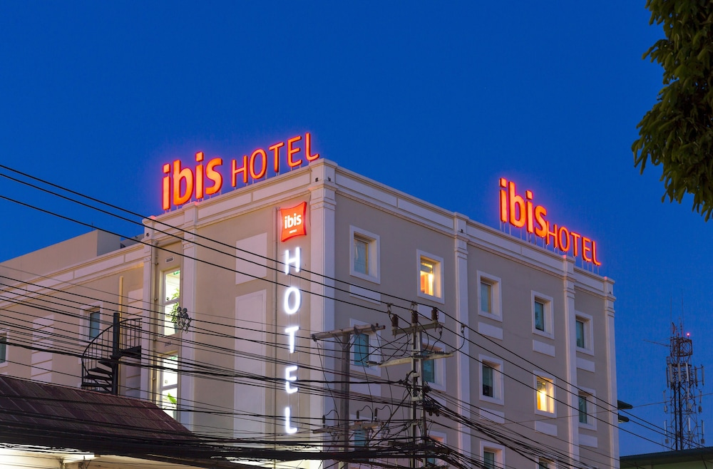 Front of Property - Evening/Night, ibis Vientiane Nam Phu