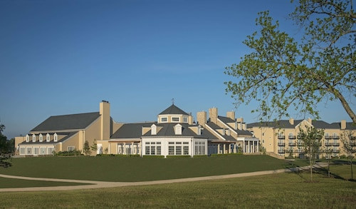 Salamander Resort And Spa