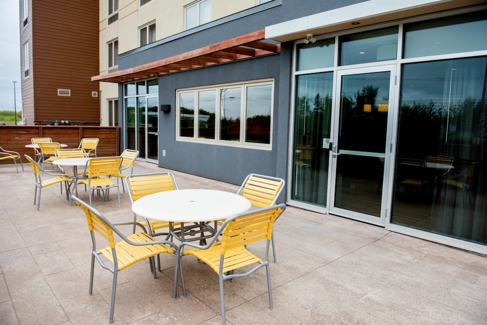 Rooftop terrace, Fairfield Inn & Suites by Marriott Moncton