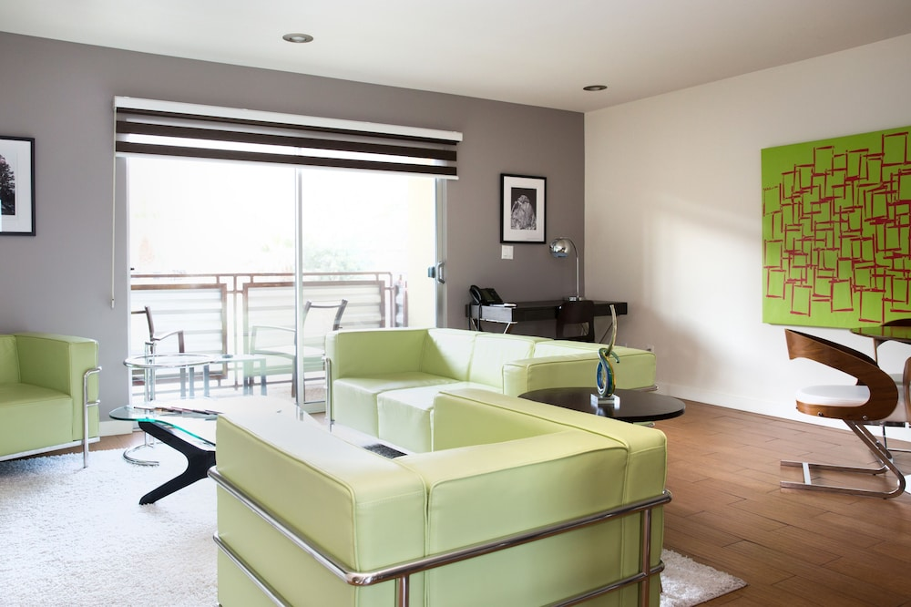 Luxury Flat Apartment 2 Bedroom Kitchen - Living Area
