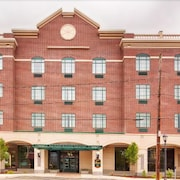 The Carbondale Grand Hotel & Conference Center