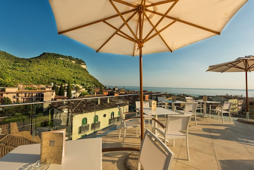 Best 3 Star Hotels & Accommodation In Nozza - Wotif