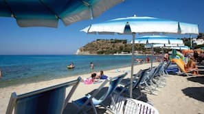 Un bar sulla spiaggia