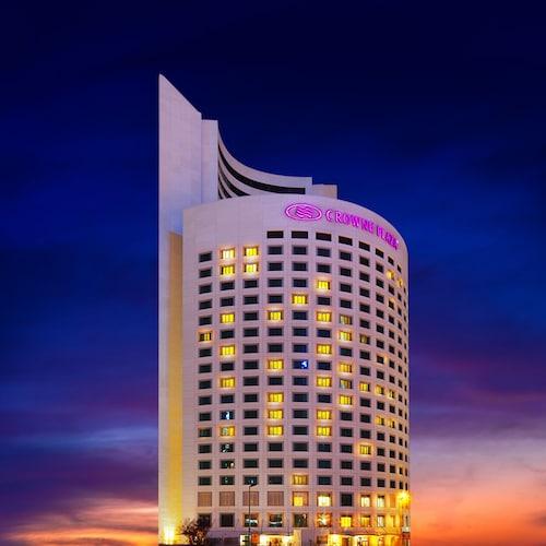 伊斯坦布爾奧利亞帕爾克皇冠假日酒店