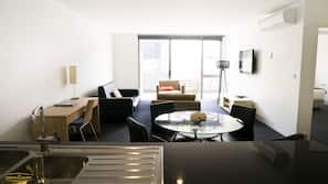 Minibar, individually decorated, individually furnished