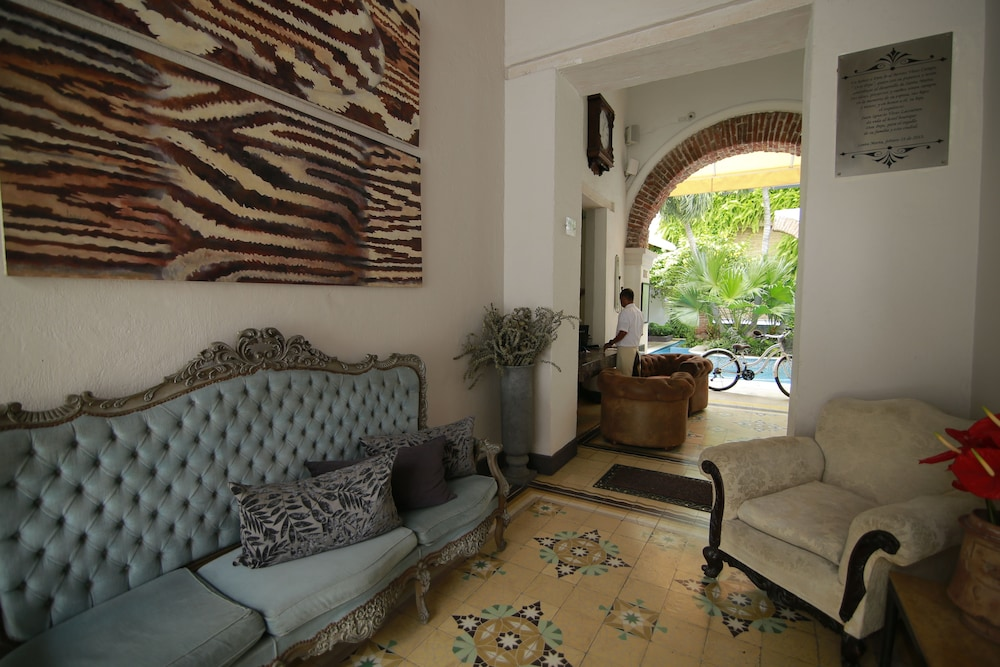 Lobby Sitting Area, Hotel Boutique Don Pepe
