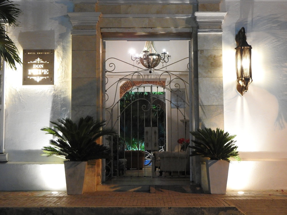 Front of Property - Evening/Night, Hotel Boutique Don Pepe