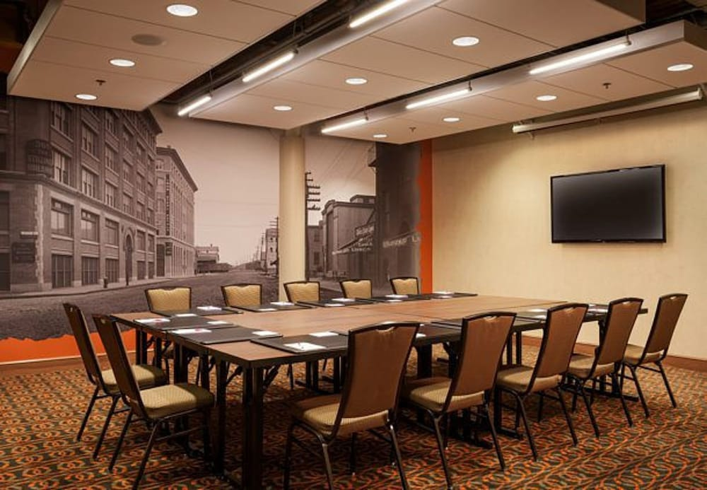 boston business downtown facility meeting Book the doubletree by hilton boston - downtown in  standard double room - in-room business  doubletree by hilton boston - downtown, boston, meeting facility.