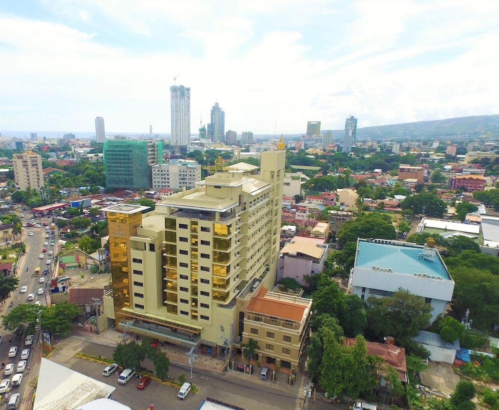 Golden Prince Hotel and Suites (Cebu, PHL)   Expedia.com.ph